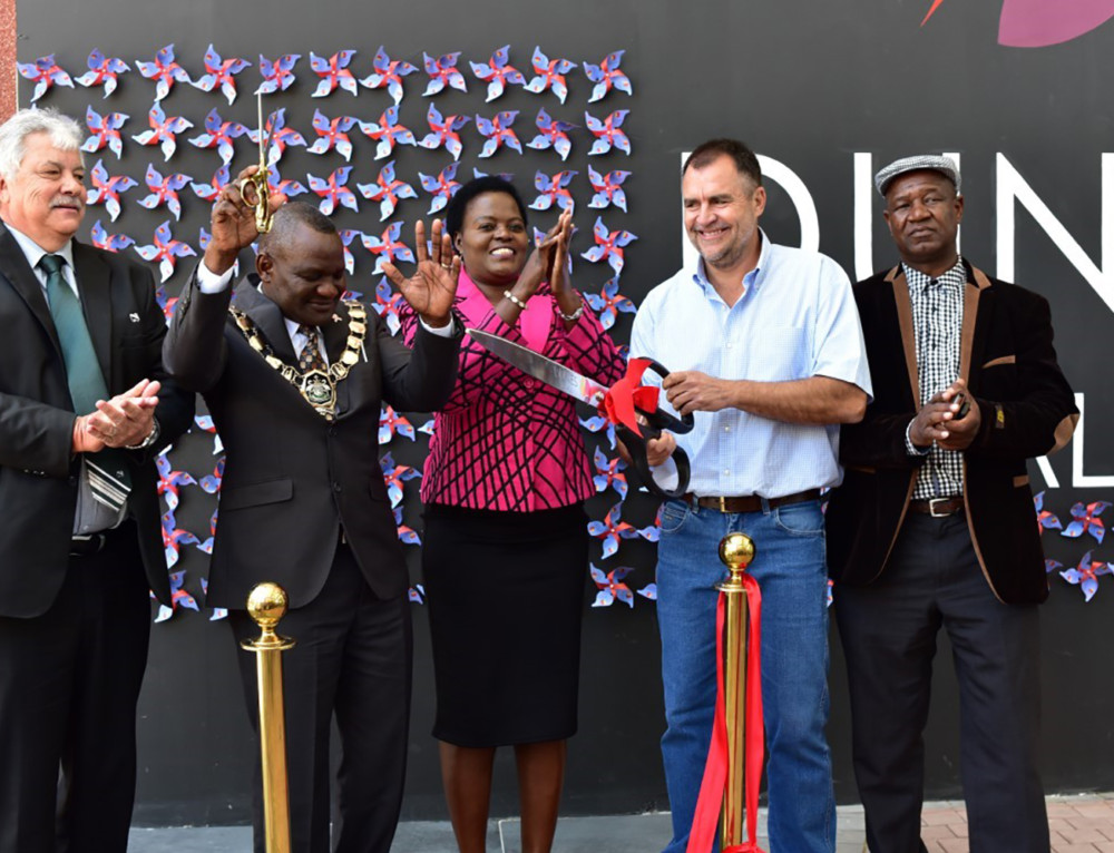 Namibia's new Dunes Mall, developed by Atterbury and Tradehold,  opens to happy crowds in Walvis Bay